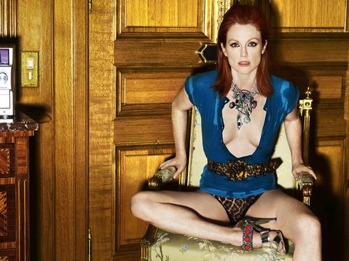 Julianne Moore Vogue - Placerile - 131.2KB