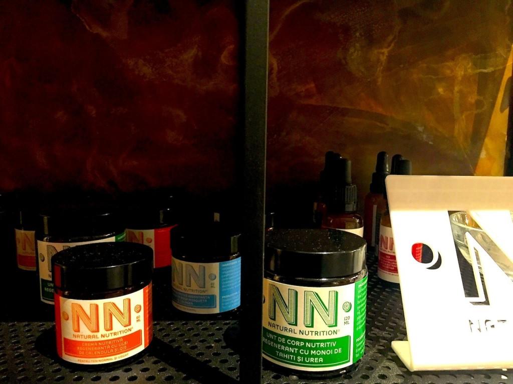 cremele si serumul Natural Nutrition