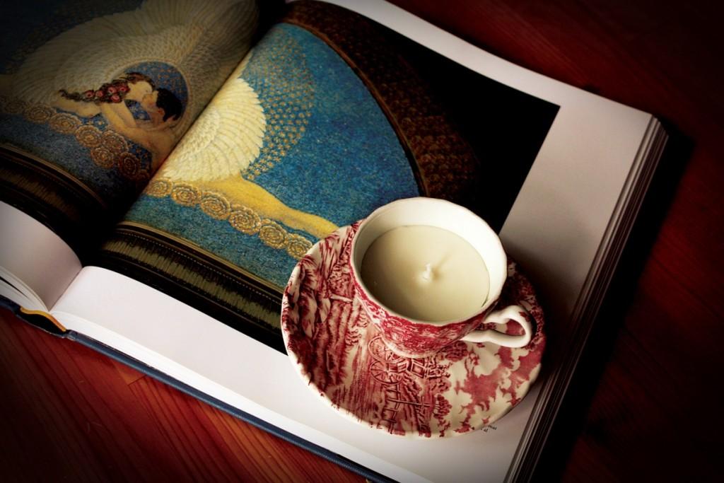 Cup & Candle, brandul Oanei Botezatu