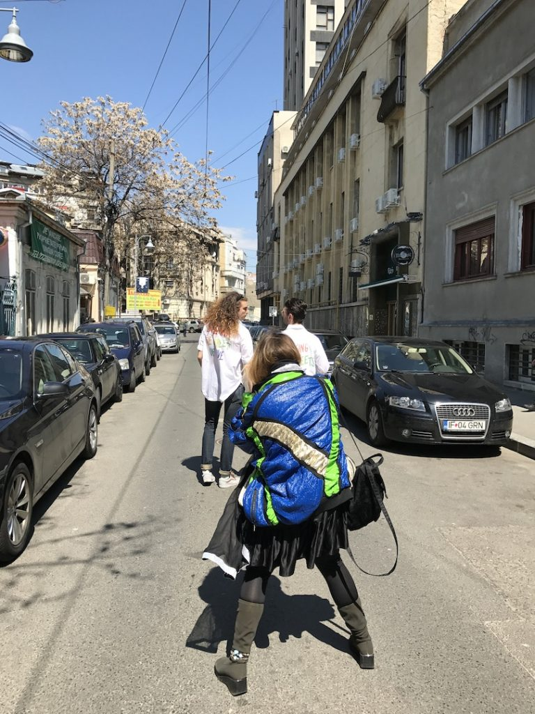 Virginia Lupu, Paul Dunca si Mihai Baltac, walking the streets of love on Mendeleev street