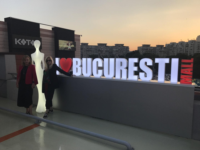 15 iunie, party Unica pe acoperisul parcarii din Bucuresti Mall., cu Violeta Niculut, Markting Anchor Group