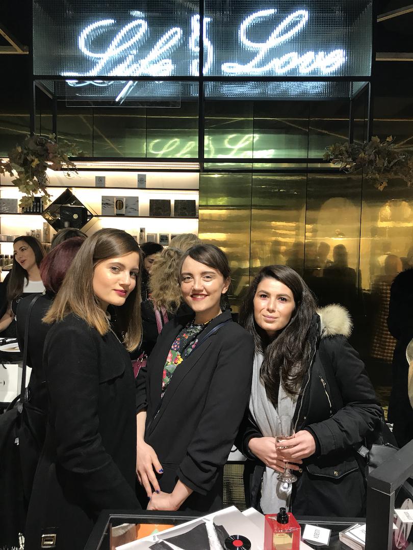 Ioana Vasile (Harper's BAZAAR, Men's Health) and sister, Diana Alexandra si Madalina Ionescu (Marie Claire si Bau Monde