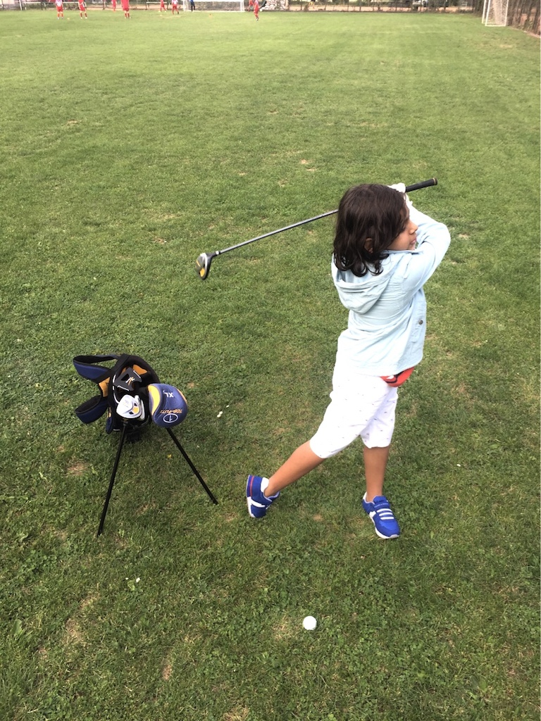tinuta 3, golfer 2