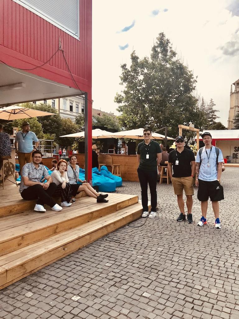 Cristian de la Nespresso, Cristina, Mara, Alin de la Nespresso, Manafu si Otrava