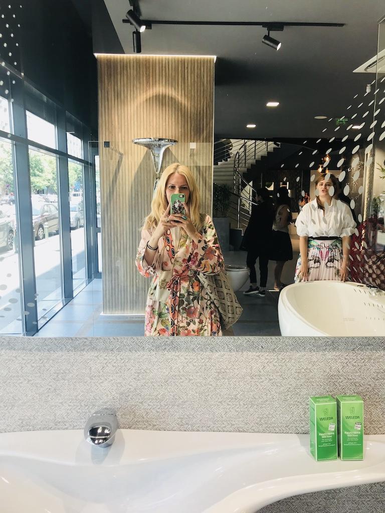 cu Cerina Ratiu, selfie in oglinda