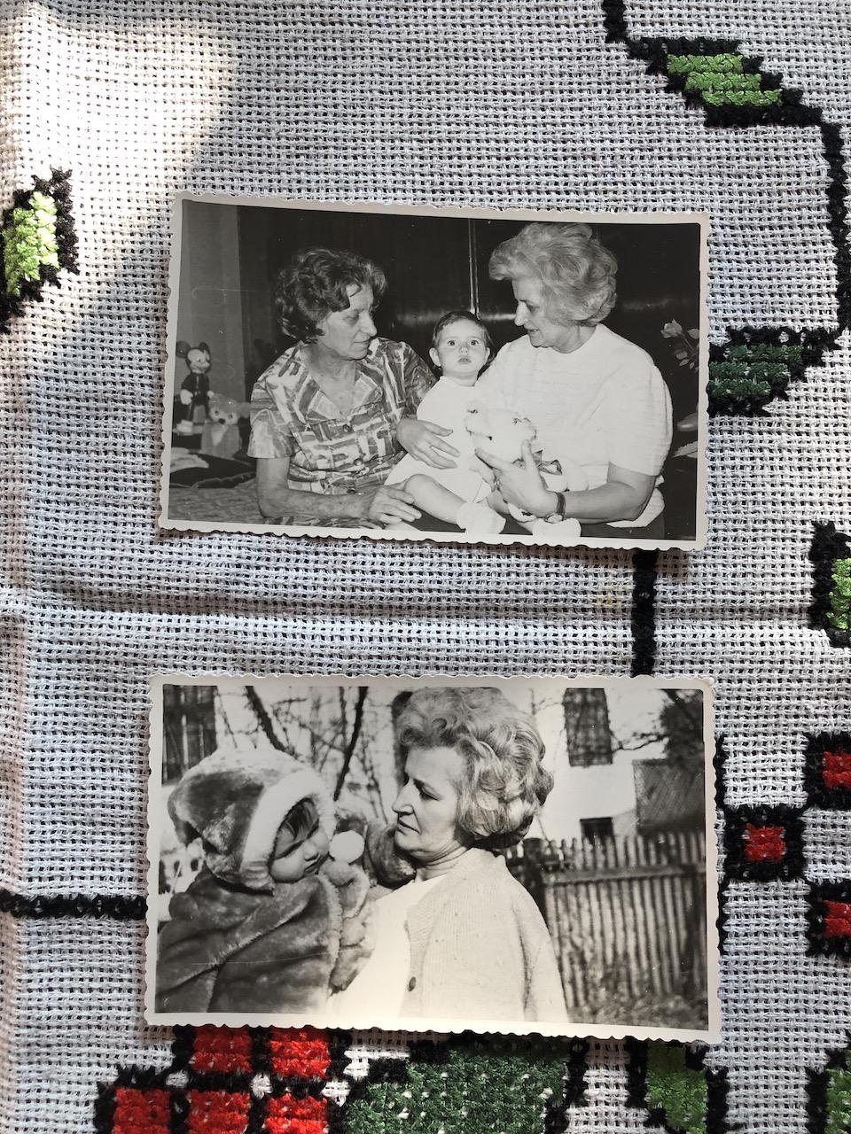 cu bunica paterna si mamaie