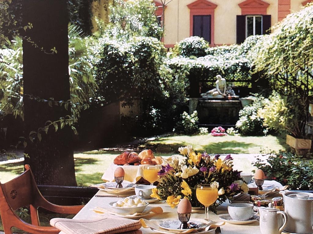 Mic dejun la Quirinale, Roma