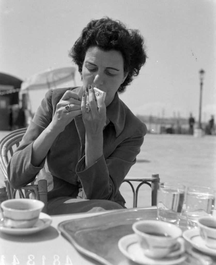 Peggy Guggenheim la cafea