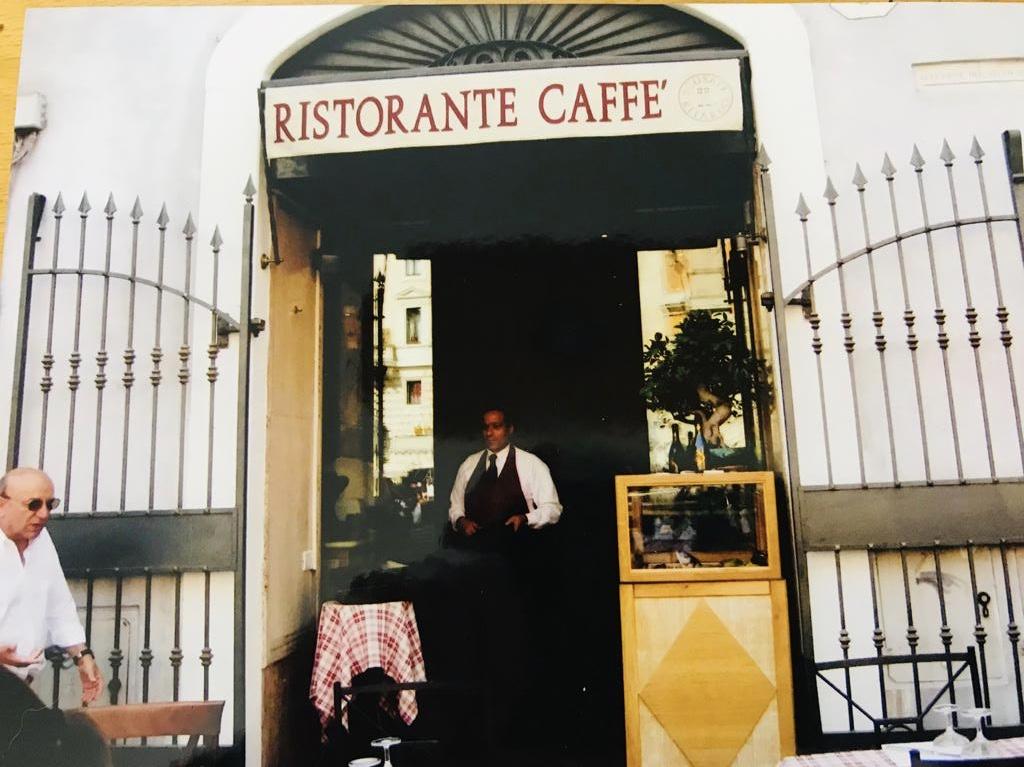 Restaurant in Piata de la Pantheon