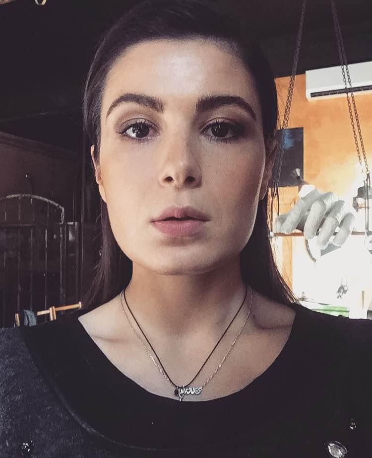 Mădălina Ionescu, beauty editor Glamour