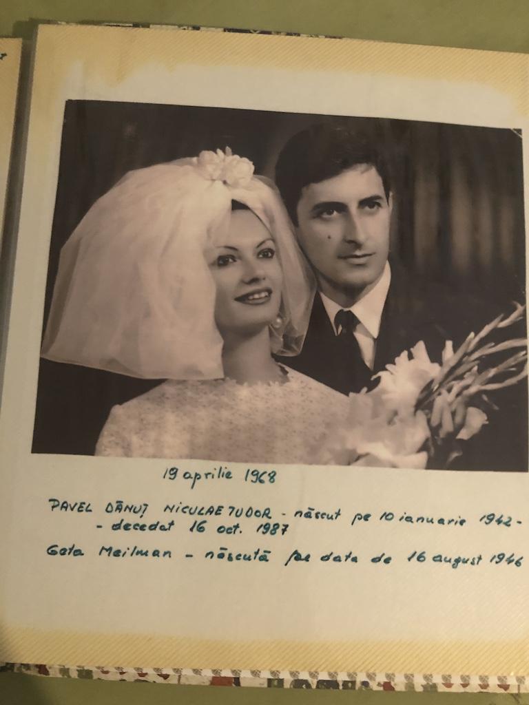 mama si tata in ziua casatoriei