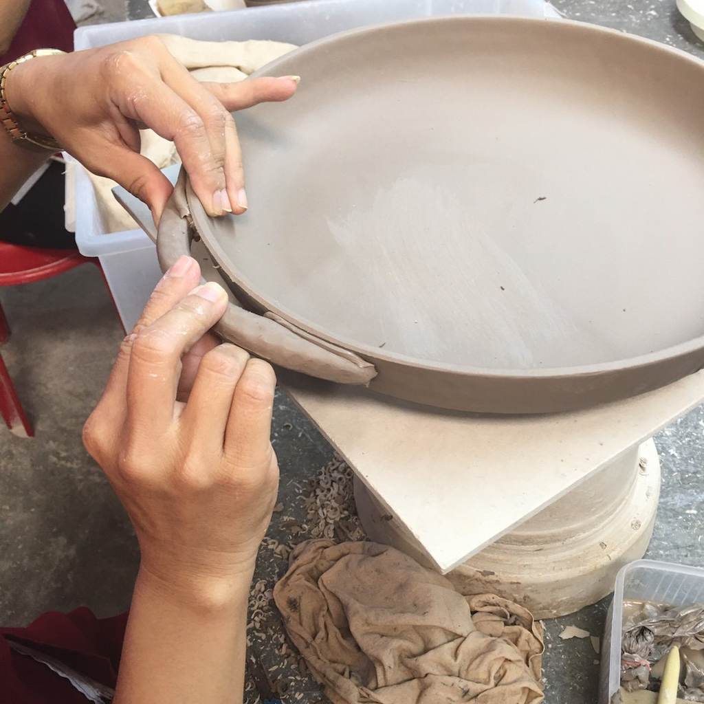 Lokalt ceramics making of